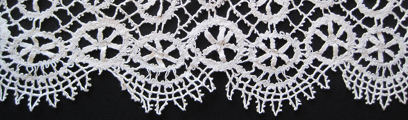Bedfordshire bobbin lace edging